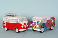 Patroonblad Back to the sixties: Flower Power bus en rood-wit VW bus -Septemberspring